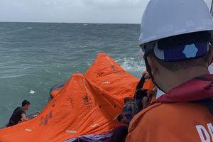 Tàu chở gần 3000 tấn clinke chìm trên vùng biển Quy Nhơn