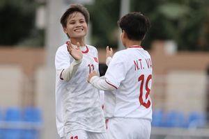 Tuyển nữ Việt Nam nhận nhiều tiền thưởng; Arsenal sa thải HLV; Man Utd lập kỷ lục về đội hình