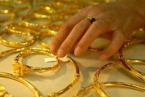 Giá vàng hôm nay 30/11: Vừa giảm giá Black Friday, nhà vàng tăng giá vàng 9999, SJC thêm 140 nghìn đồng/lượng