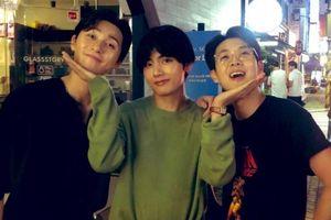Hội anh em cây khế được chờ đợi nhất MMA 2019: V, Park Seo Joon, Choi Woo Sik tái ngộ ngộ