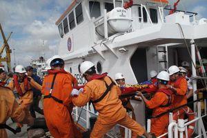 Chìm tàu chở clinke ở Quy Nhơn, thuyền trưởng thiệt mạng