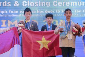 Học sinh lớp 7 chuyên Ams vô địch kỳ thi Olympic Toán và Khoa học quốc tế 2019