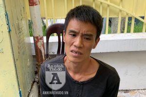 Cảnh sát 141 trấn áp đối tượng giấu ma túy chống đối, định bỏ chạy