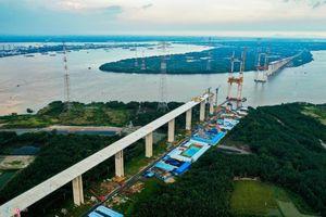 Hai cầu dây văng ở TP.HCM có độ tĩnh không cao nhất Việt Nam