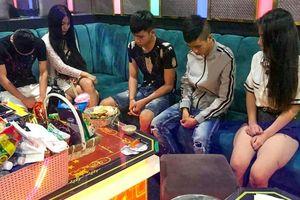 22 nam nữ dương tính ma túy trong quán karaoke Las Vegas