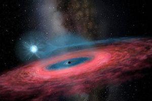 'Quái vật' hố đen khiến giới khoa học ngỡ ngàng vì quá khổng lồ