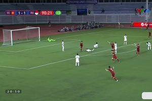 Hoàng Đức 'nã đại bác' giúp tuyển U22 Việt Nam hạ U22 Indonesia 2-1