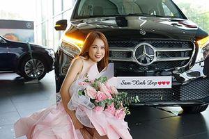 Hot girl Sam tậu Mercedes-Benz V250 Luxury hơn 2,5 tỷ đồng