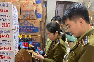 Hơn 3.000 chai nước bị tịch thu tại Nghệ An là hàng giả, không có giá trị sử dụng
