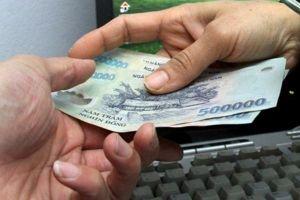 Bắt quả tang Đại úy Công an nhận hối lộ 15 triệu đồng