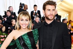 10 cặp đôi nổi tiếng 'đường ai nấy đi' trong năm 2019