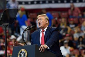 Tổng thống Trump từ chối thẳng thừng lời mời tham gia điều trần luận tội