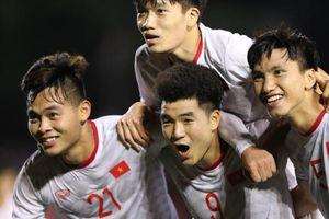 Đức Chinh ghi bàn thắng vàng, U22 Việt Nam thắng khó Singapore