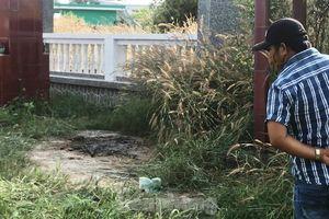 Xương người bị đốt cháy đen trong nghĩa địa ở Sài Gòn