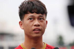 Tiền vệ Trần Thanh Sơn: 'Bất kể thời tiết ra sao, chúng tôi vẫn chiến đấu hết mình'