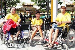 Đồng hành với người khuyết tật
