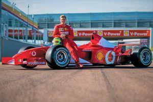 Siêu xe F1 từng được Michael Schumacher cầm lái có giá 6,6 triệu USD