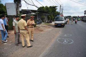 Vụ ô tô làm rơi 2 học sinh: Lái xe dùng bằng giả