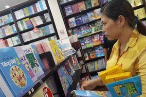Chọn sách giáo khoa: Cần giám sát, đảm bảo tính minh bạch
