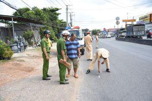 Hai học sinh rơi khỏi xe đưa đón ở Đồng Nai: Thừa nhận 'sốc' của tài xế