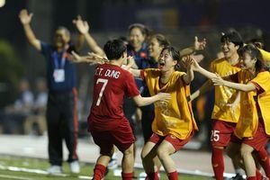 Hạ chủ nhà Philippines, nữ Việt Nam vào chung kết SEA Games 30