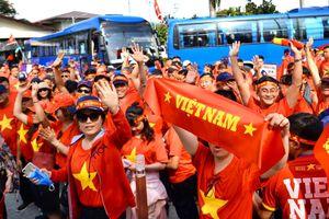 CĐV Việt Nam tiếp lửa cho U22 Việt Nam đối đầu U22 Thái Lan