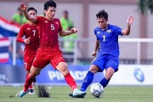 Hòa kịch tính U22 Thái Lan, U22 Việt Nam vào bán kết SEA Games với ngôi đầu bảng