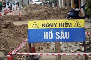 Bẫy 'tử thần' trên tuyến đường nghìn tỷ ở Hà Nội vừa thông xe