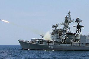 Nhân ngày Hải quân, điểm danh những khí tài khiến Ấn Độ 'nở mày nở mặt'