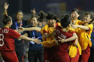 Bóng đá nữ, VN-Philippines (2-0): Tái ngộ Thái Lan ở chung kết
