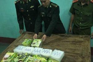 Đã có kết quả 7 gói in chữ Trung Quốc dạt vào bờ biển Quảng Trị