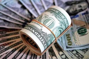 Công an điều tra 'đút túi' hơn 2.400 USD của bị hại