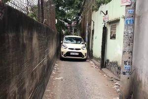 Kỹ thuật lái xe ô tô tránh va quệt khi đi vào ngõ nhỏ