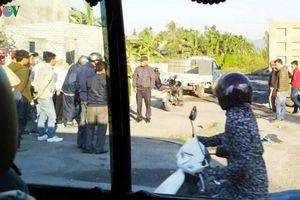 Xe tải va chạm với mô tô, một phụ nữ tử vong trên quốc lộ 10