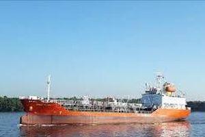 Tàu hàng không người lái nghi của Trung Quốc dạt cảng Sơn Dương