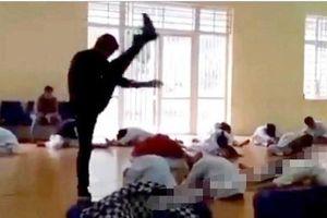 Khởi động... phản cảm, huấn luyện viên võ thuật bị phạt hơn 2 triệu đồng