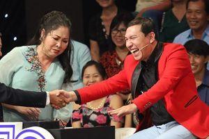 Khán giả bật cười khi MC Lại Văn Sâm bị Quang Thắng gọi là 'củ Sâm'