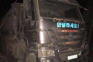 Tài xế xe tải tử vong sau cú lật xuống độ sâu hơn 10m trong đêm