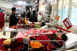 Người già, trẻ nhỏ nhập viện vì lạnh