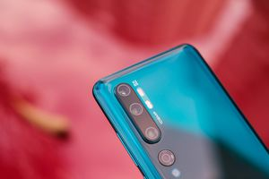 Smartphone đầu tiên có camera 108 MP về Việt Nam, giá 13 triệu đồng