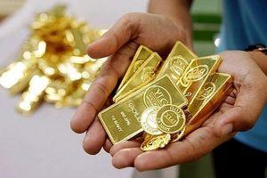 Vàng trong nước giảm nhẹ, vàng thế giới đi ngang