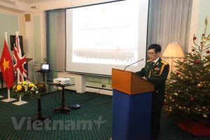 ĐSQ Việt Nam tại Anh kỷ niệm 75 năm thành lập Quân đội Nhân dân