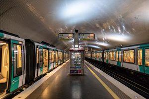 Giao thông công cộng tại Pháp tiếp tục đình trệ ngày thứ 5 liên tiếp