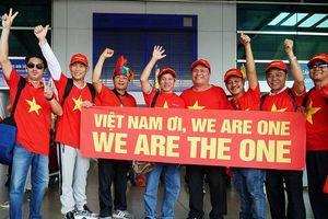 Người hâm mộ 'ùn ùn' sang Philippines tiếp lửa cho đội tuyển U22 Việt Nam