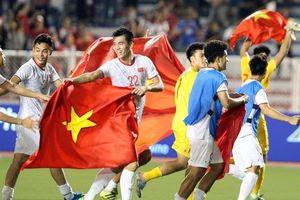Bóng đá Việt Nam sang trang