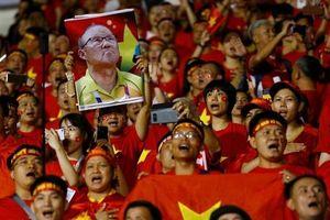 Báo Hàn: 'Vũ khí lợi hại nhất của bóng đá Việt Nam là HLV Park Hang-seo'