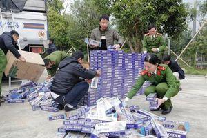 Hà Tĩnh: Bắt giữ 10.000 bao thuốc lá lậu