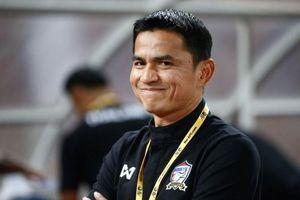 Thái Lan bị 'truất ngôi', Kiatisak vẫn không tin bóng đá Thái Lan dưới Việt Nam
