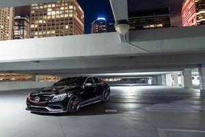 Ngắm siêu phẩm Mercedes-AMG C63 S độ ngập tràn carbon