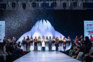 Ấn tượng đêm khai mạc Tuần lễ thời trang và làm đẹp quốc tế Việt Nam 2019